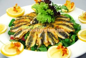 Hamsili Balık Salatası